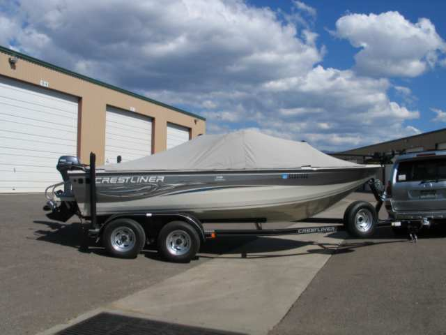 remote control boats trailer with Crestlinertemplate on 904358 also 5bklj 1956 Evinrude 30 Hp 1957 15 Lyman I Need  pletely likewise 9079112 Wiring For A Switch Panel And Bus Bar in addition c Boat Trailers furthermore 7C 7Cstatic guide supereva it 7Cguide 7Cdj 7C272754.