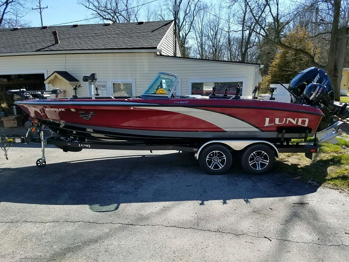 Mark brumbaugh 39 s lund boat for sale on walleyes inc for Walleye fishing boats for sale