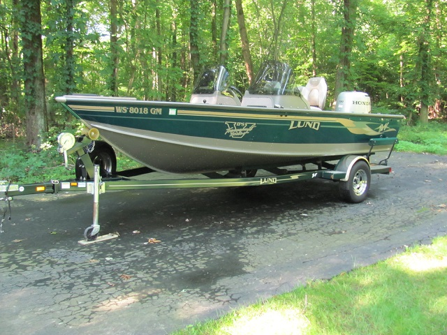 Randy schaaf 39 s lund boat for sale on walleyes inc www for Walleye fishing boats for sale