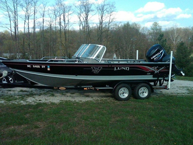 Tim moore 39 s lund boat for sale on walleyes inc www for Walleye fishing boats for sale