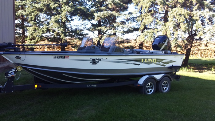Brian bodays lund boat for sale on walleyes inc for Walleye fishing boats for sale