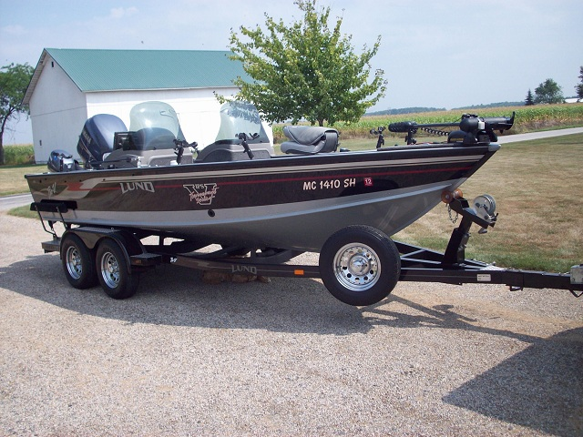 Lund pro v for sale lookup beforebuying for Walleye fishing boats for sale