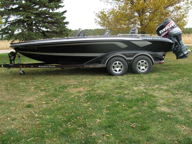 Paul raths ranger boat for sale on walleyes inc for Walleye fishing boats for sale