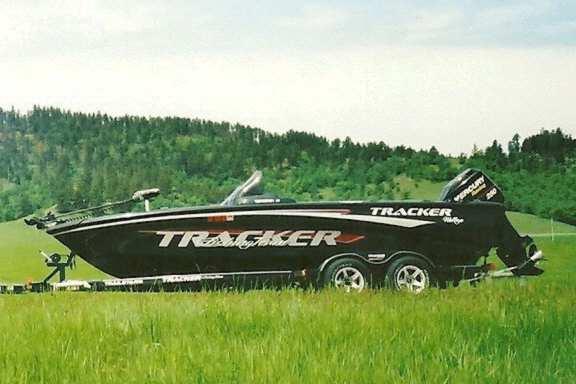 Jason J. Konstant's Tracker boat for sale on Walleyes Inc ...