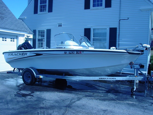 tracker boat for sale