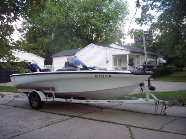 Trackere boat for sale