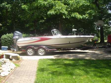 Rick parott 39 s triton boat for sale on walleyes inc for Walleye fishing boats for sale