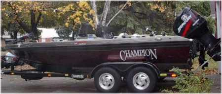 Dave Van Oss champion boat