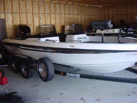 Dennis Walter Champion boat