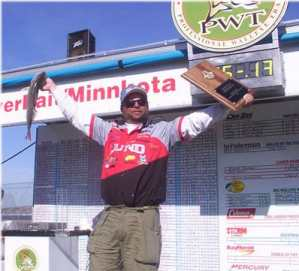 Mark Martin post another PWT victory  on Lake Chamberlain in South Dakota